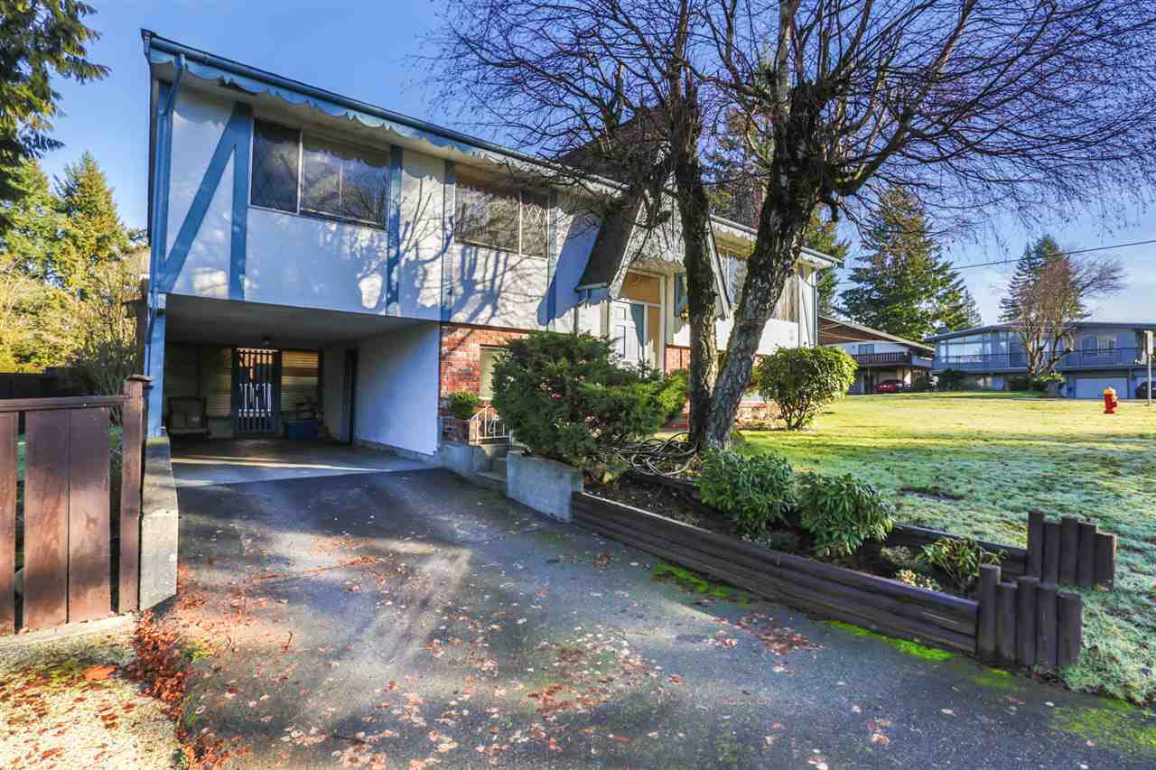 Main Photo: 985 SMITH Avenue in Coquitlam: Central Coquitlam House for sale : MLS®# R2033159