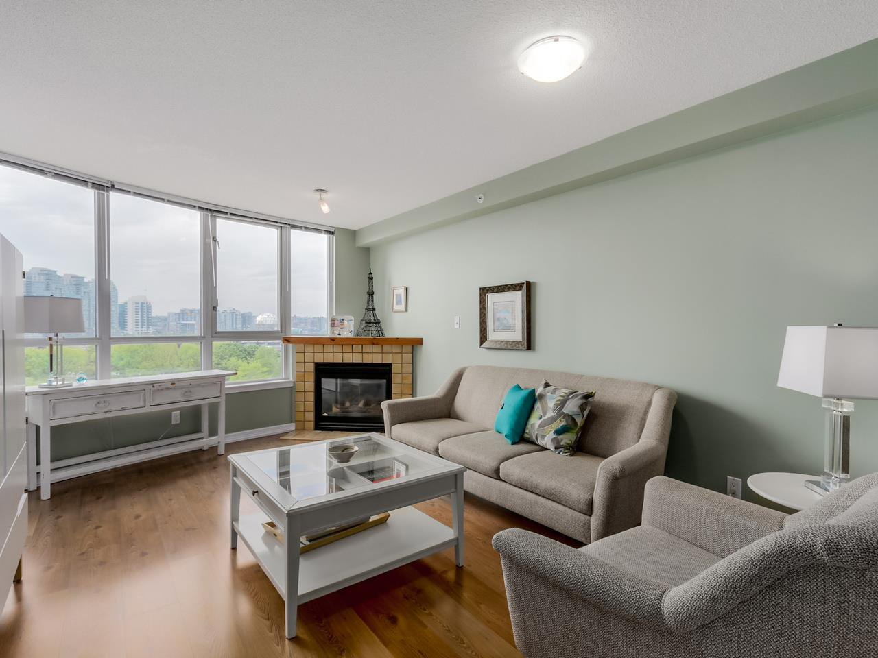 "Main Photo: 808 63 KEEFER Place in Vancouver: Downtown VW Condo for sale in ""Europa"" (Vancouver West)  : MLS®# R2061272"