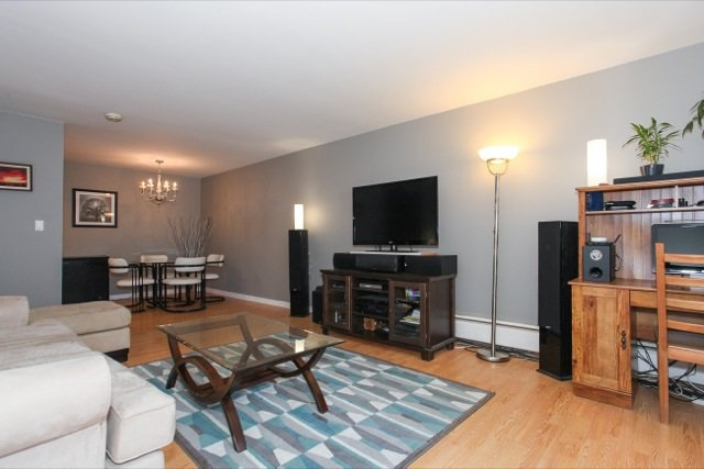 """Photo 4: Photos: 108 13530 HILTON Road in Surrey: Bolivar Heights Condo for sale in """"HILTON HOUSE"""" (North Surrey)  : MLS®# R2062435"""