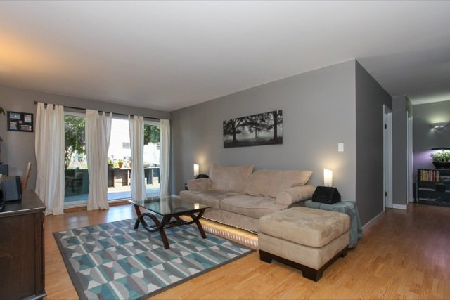 """Photo 2: Photos: 108 13530 HILTON Road in Surrey: Bolivar Heights Condo for sale in """"HILTON HOUSE"""" (North Surrey)  : MLS®# R2062435"""