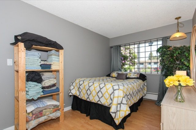 """Photo 15: Photos: 108 13530 HILTON Road in Surrey: Bolivar Heights Condo for sale in """"HILTON HOUSE"""" (North Surrey)  : MLS®# R2062435"""