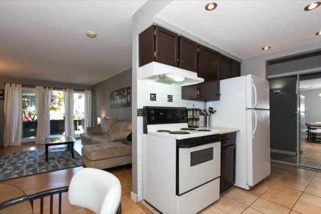 """Photo 12: Photos: 108 13530 HILTON Road in Surrey: Bolivar Heights Condo for sale in """"HILTON HOUSE"""" (North Surrey)  : MLS®# R2062435"""