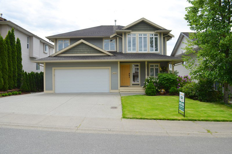 """Main Photo: 34586 QUARRY Avenue in Abbotsford: Abbotsford East House for sale in """"The Quarry"""" : MLS®# R2067926"""