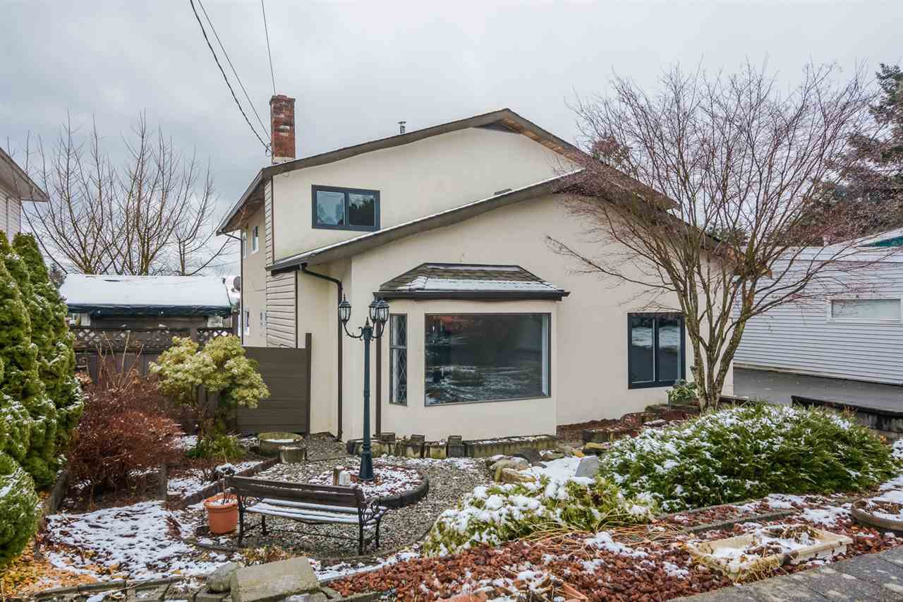 Main Photo: 32962 11TH Avenue in Mission: Mission BC House for sale : MLS®# R2144247