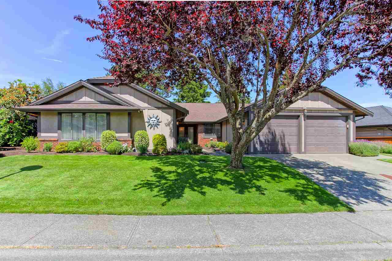 Main Photo: 5631 GOLDENROD CRESCENT in : Tsawwassen East House for sale : MLS®# R2080993