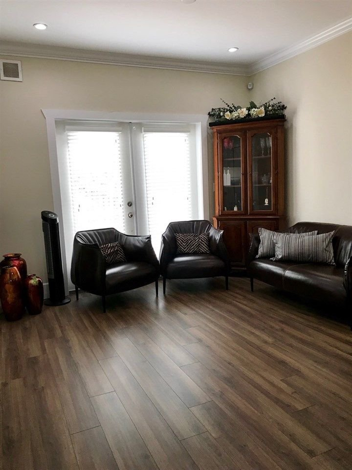"""Photo 5: Photos: 16 6331 NO 4 Road in Richmond: McLennan North Townhouse for sale in """"LIVIA"""" : MLS®# R2266717"""