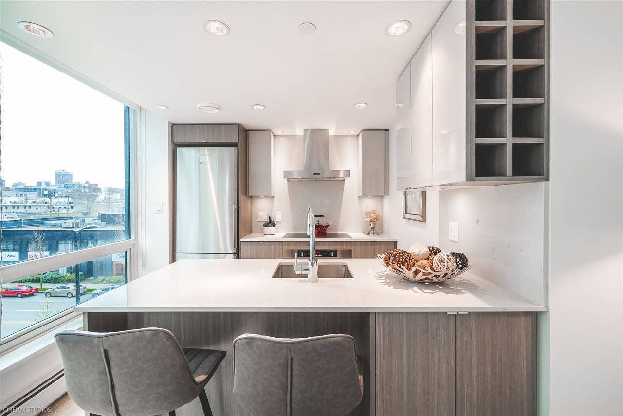 """Photo 9: Photos: 506 1788 COLUMBIA Street in Vancouver: False Creek Condo for sale in """"EPIC AT WEST"""" (Vancouver West)  : MLS®# R2267401"""