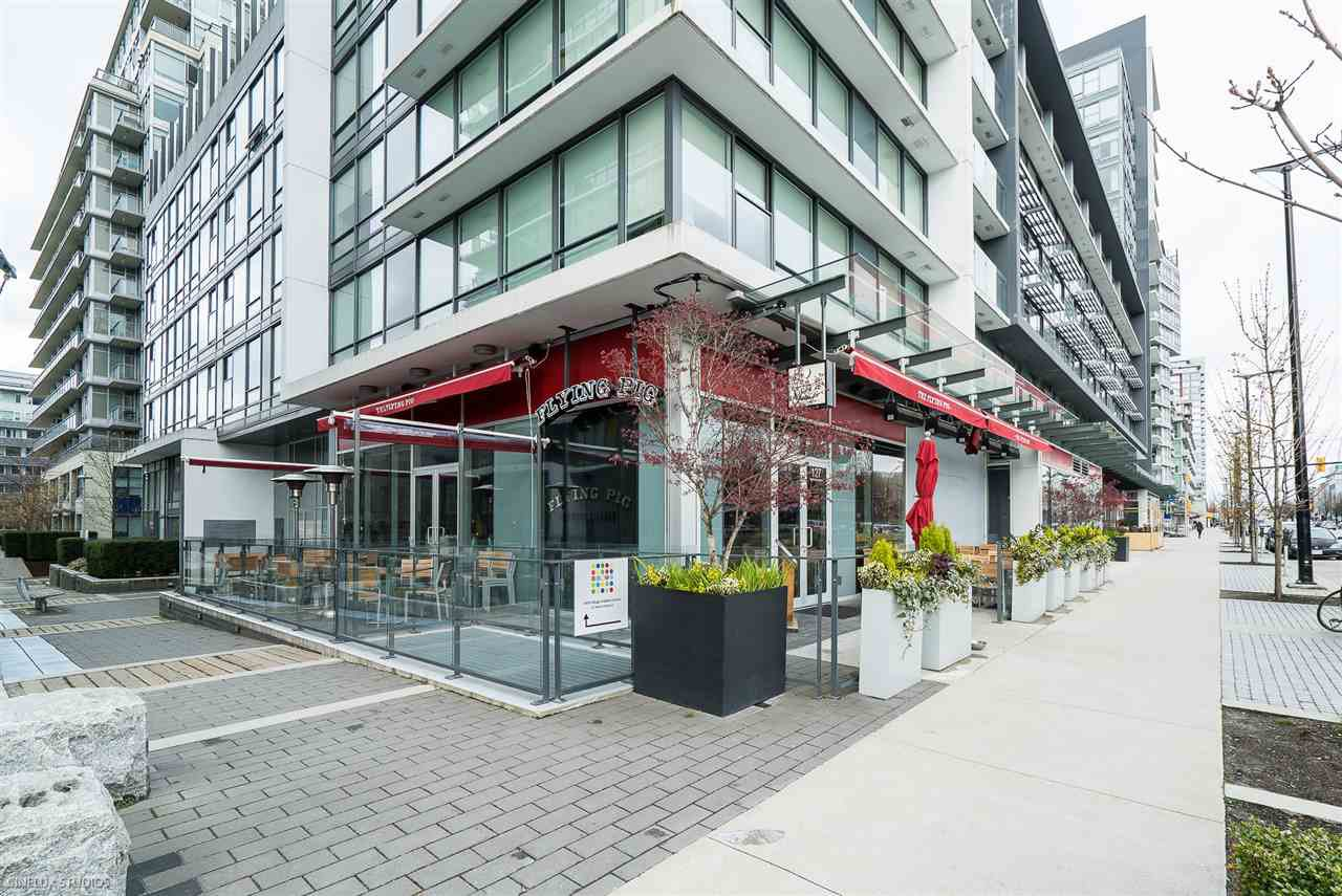 """Photo 17: Photos: 506 1788 COLUMBIA Street in Vancouver: False Creek Condo for sale in """"EPIC AT WEST"""" (Vancouver West)  : MLS®# R2267401"""