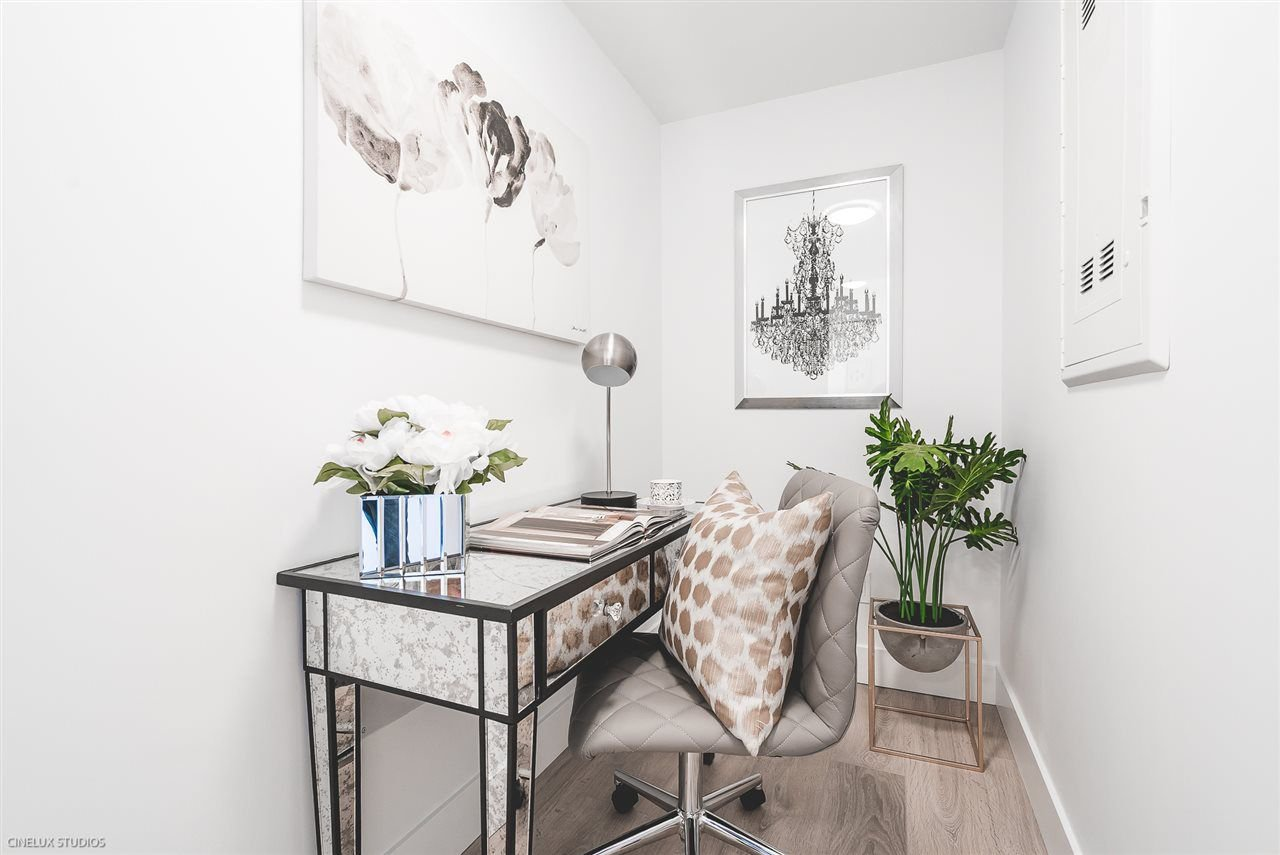 """Photo 14: Photos: 506 1788 COLUMBIA Street in Vancouver: False Creek Condo for sale in """"EPIC AT WEST"""" (Vancouver West)  : MLS®# R2267401"""
