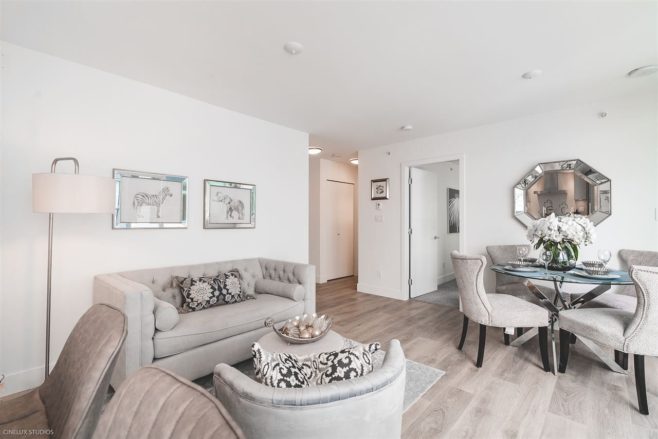 """Photo 4: Photos: 506 1788 COLUMBIA Street in Vancouver: False Creek Condo for sale in """"EPIC AT WEST"""" (Vancouver West)  : MLS®# R2267401"""