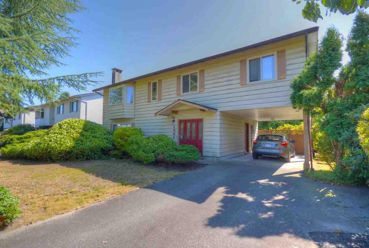 "Main Photo: 1594 ST. ALBERT Avenue in Port Coquitlam: Glenwood PQ House for sale in ""GLENWOOD"" : MLS®# R2399783"