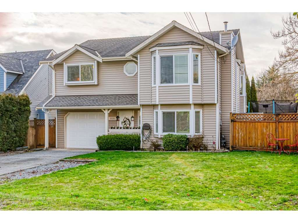 Main Photo: 3331 274 Street in Langley: Aldergrove Langley House for sale : MLS®# R2435917