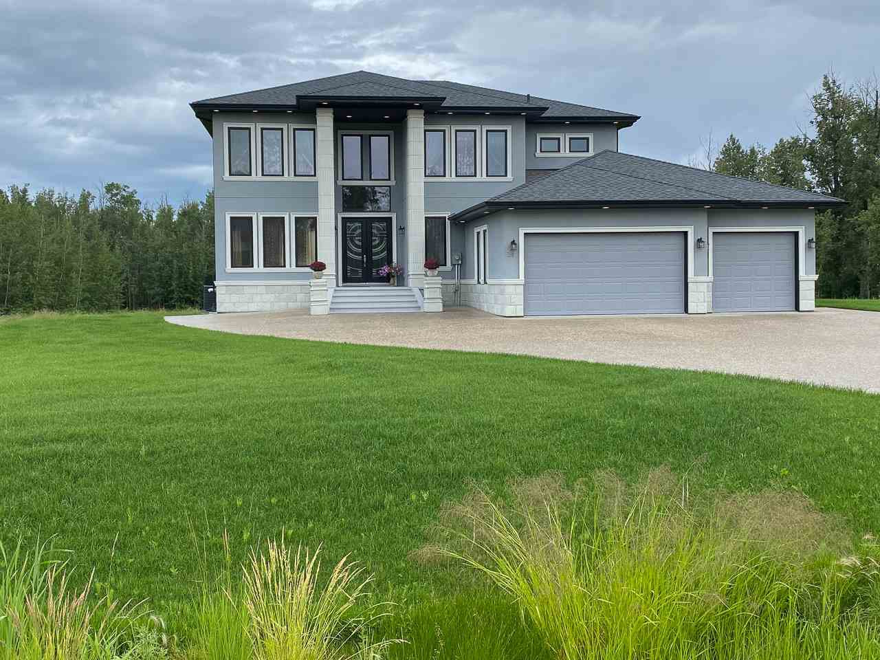 Main Photo: 24 26314 TWP RD 532 A: Rural Parkland County House for sale : MLS®# E4207856