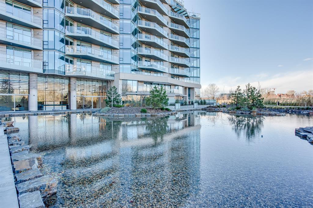 Main Photo: 701 738 1 Avenue SW in Calgary: Eau Claire Apartment for sale : MLS®# A1043856