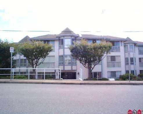 Main Photo: 206 15130 Roper Avenue in The Carrington: White Rock Home for sale ()  : MLS®# F2627525