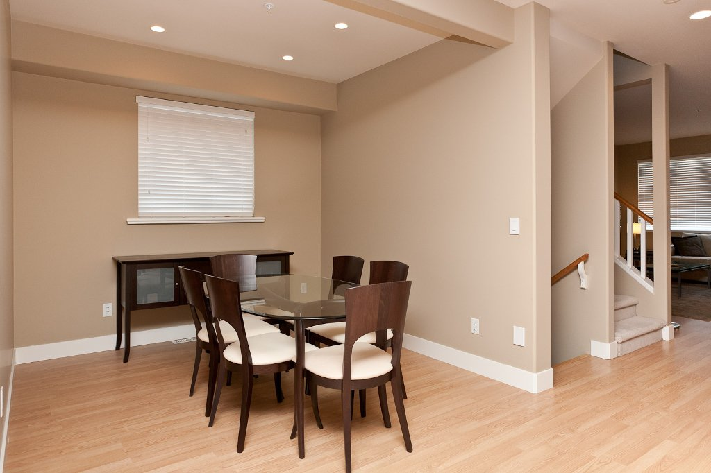 Photo 3: Photos: 1863 PITT RIVER Road in Port Coquitlam: Lower Mary Hill House for sale : MLS®# V874372