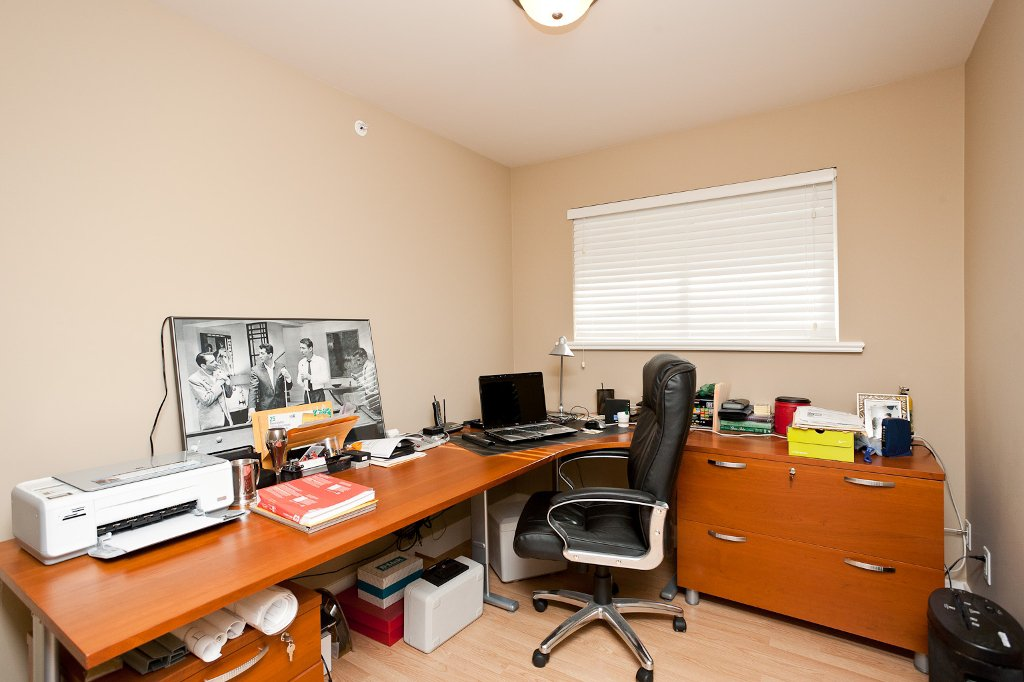 Photo 14: Photos: 1863 PITT RIVER Road in Port Coquitlam: Lower Mary Hill House for sale : MLS®# V874372