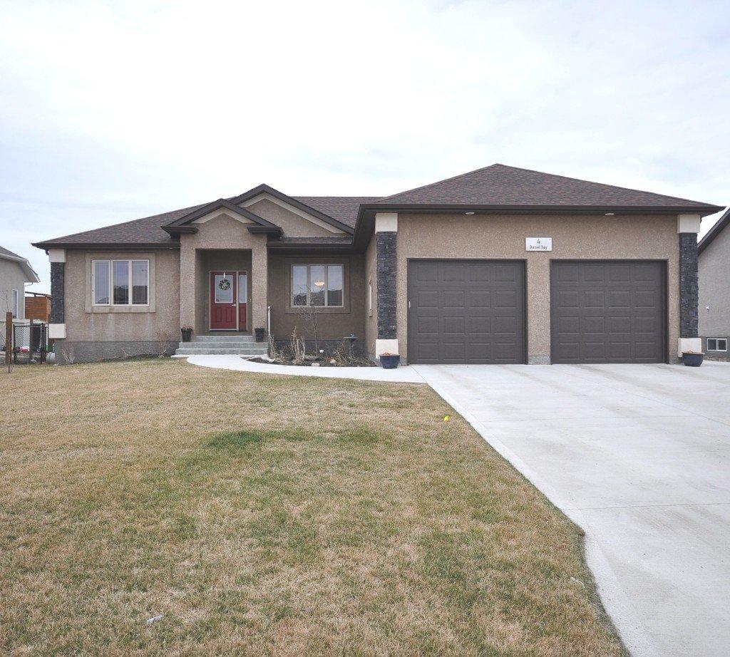 Main Photo: 4 Daniel Bay in Oakbank: Single Family Detached for sale : MLS®# 1206684