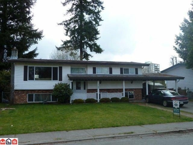 Main Photo: 3242 Cheam Drive in Abbotsford: House for sale : MLS®# F1120708