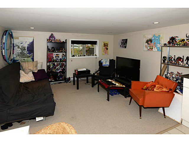 Photo 12: Photos: 2371 ADANAC Street in Vancouver: Hastings House for sale (Vancouver East)  : MLS®# V1085430