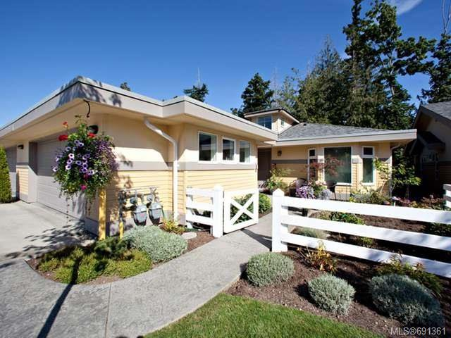 Main Photo: 6 500 Corfield St in PARKSVILLE: PQ Parksville Row/Townhouse for sale (Parksville/Qualicum)  : MLS®# 691361