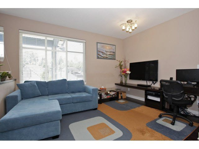 "Photo 3: Photos: 60 13899 LAUREL Drive in Surrey: Whalley Townhouse for sale in ""EMERALD GREEN"" (North Surrey)  : MLS®# F1441178"