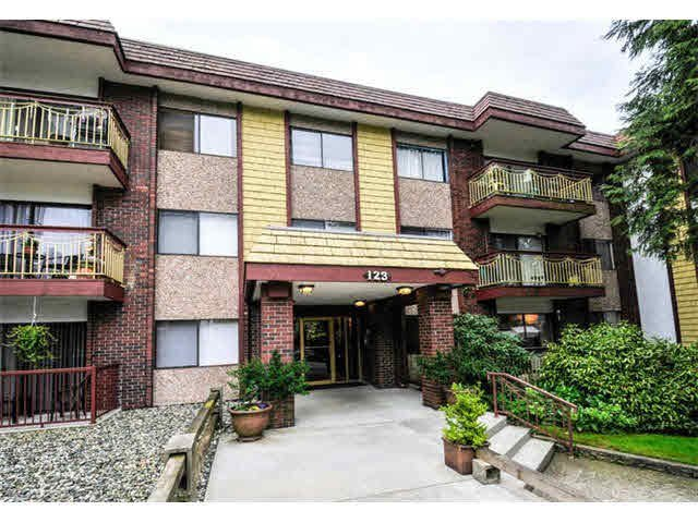 Main Photo: 109 123 E 19TH Street in North Vancouver: Central Lonsdale Condo for sale : MLS®# V1136810