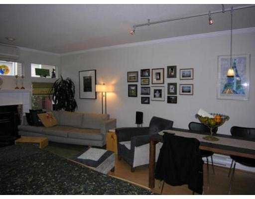 Photo 3: Photos: 312 W 11TH AV in Vancouver: Mount Pleasant VW Townhouse for sale (Vancouver West)  : MLS®# V541940