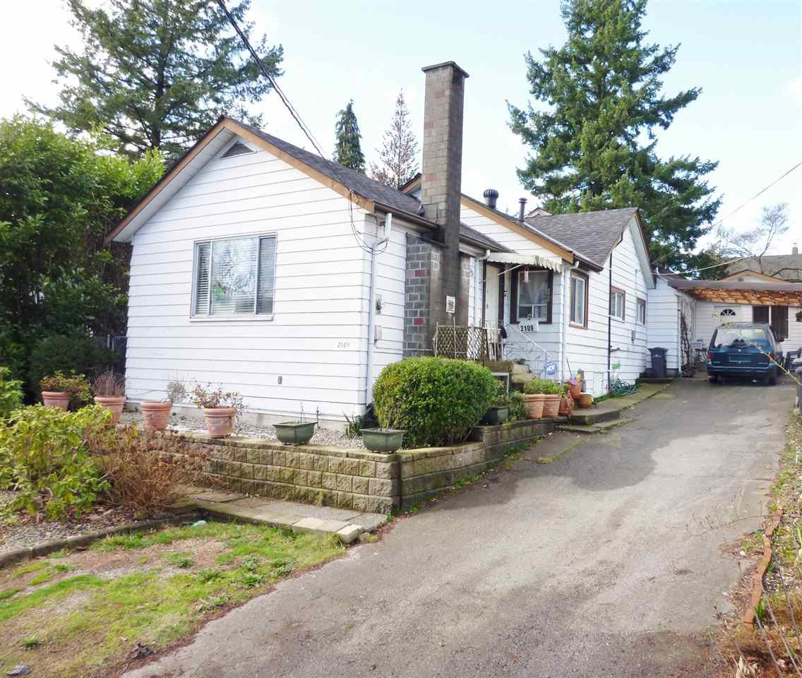 Main Photo: 2109 SEVENTH Avenue in New Westminster: Connaught Heights House for sale : MLS®# R2034470