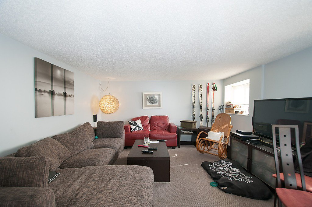 Photo 17: Photos: 2043 COLLINGWOOD Street in Vancouver: Kitsilano House for sale (Vancouver West)  : MLS®# R2044911