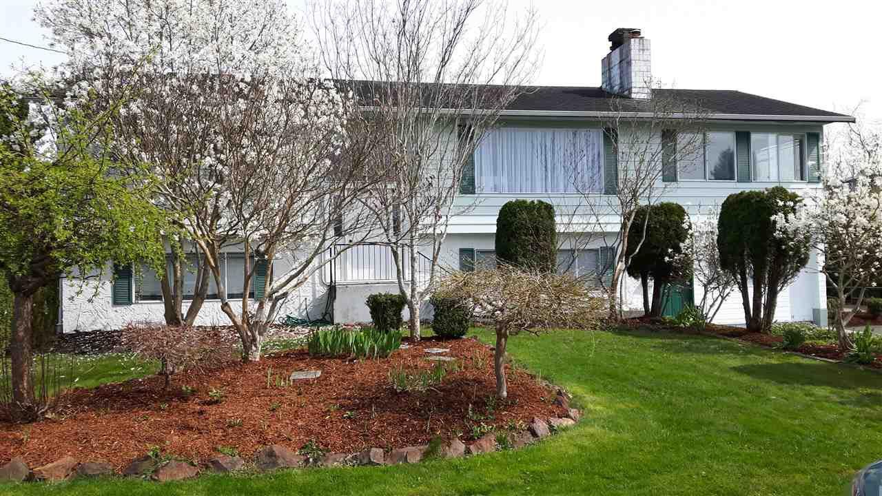 Main Photo: 10608 CONRAD Street in Chilliwack: Fairfield Island House for sale : MLS®# R2155196