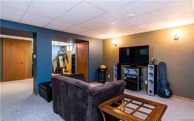 Photo 10: Photos: 418 Golf Boulevard in Winnipeg: Westwood Residential for sale (5G)  : MLS®# 1722817