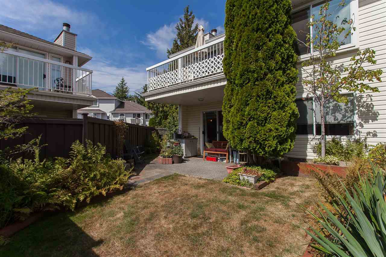 """Photo 20: Photos: 4 13958 72 Avenue in Surrey: East Newton Townhouse for sale in """"Upton Place North"""" : MLS®# R2201610"""