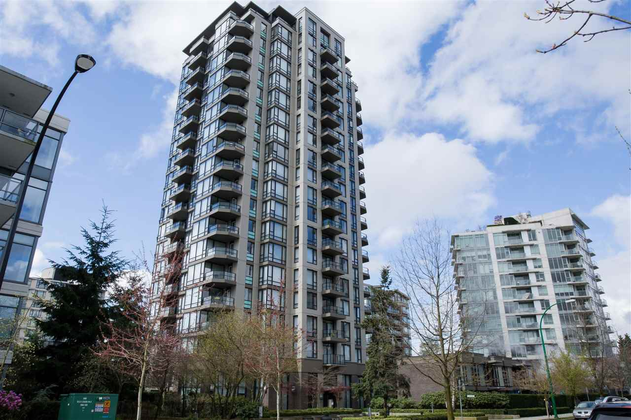 "Main Photo: 804 151 W 2ND Street in North Vancouver: Lower Lonsdale Condo for sale in ""SKY"" : MLS®# R2260596"