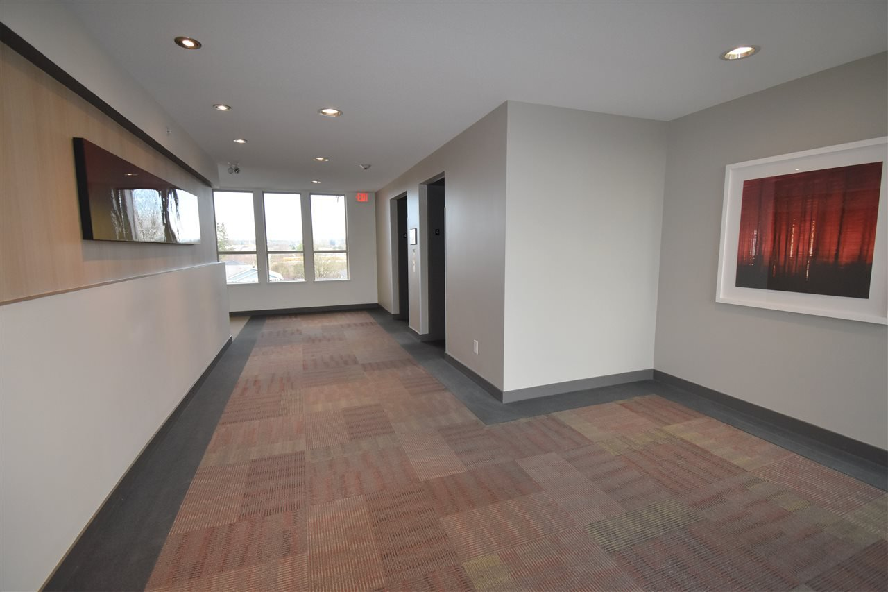 """Photo 18: Photos: 401 5655 210A Street in Langley: Salmon River Condo for sale in """"Cornerstone North"""" : MLS®# R2335974"""