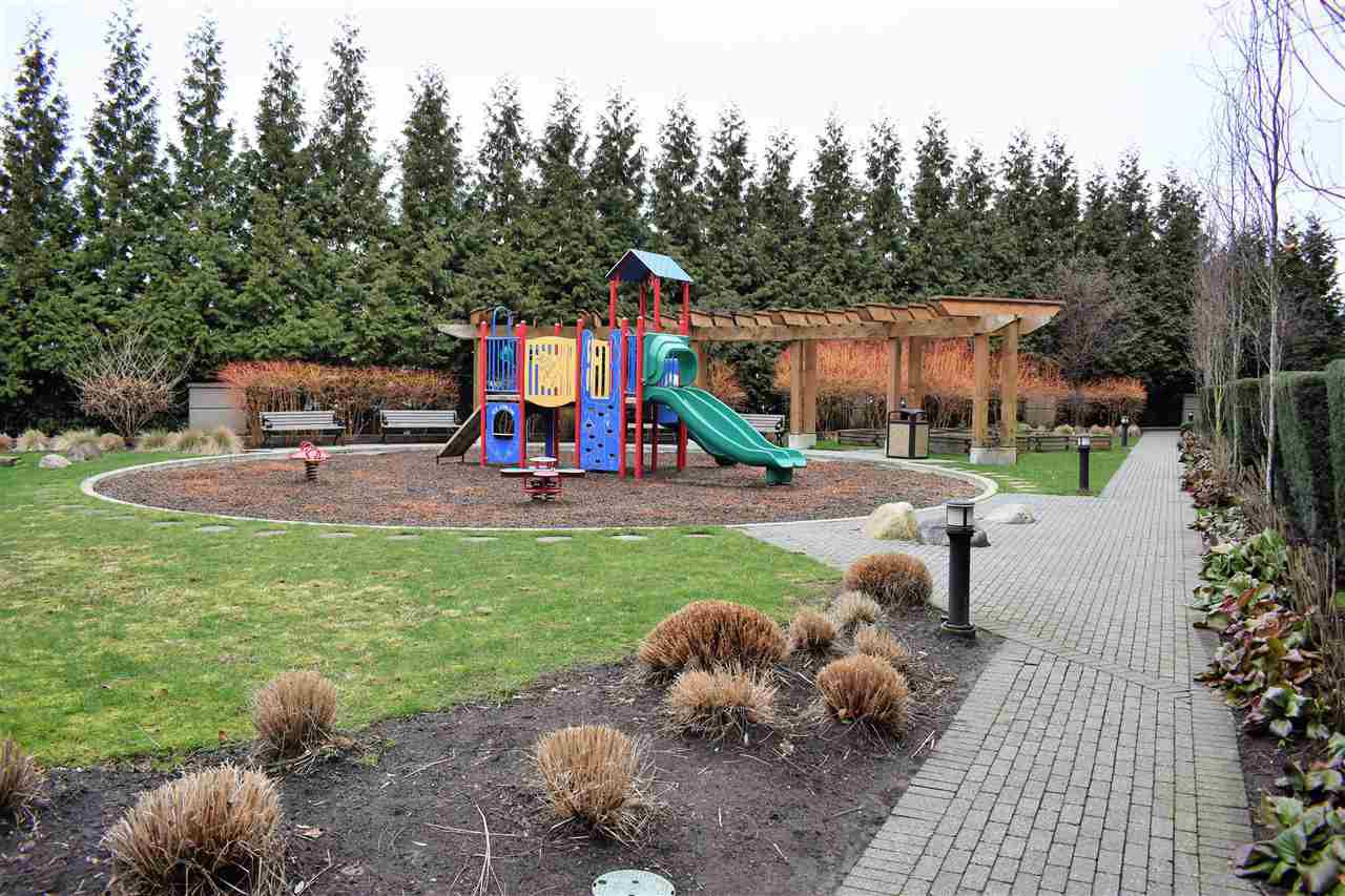 """Photo 19: Photos: 401 5655 210A Street in Langley: Salmon River Condo for sale in """"Cornerstone North"""" : MLS®# R2335974"""