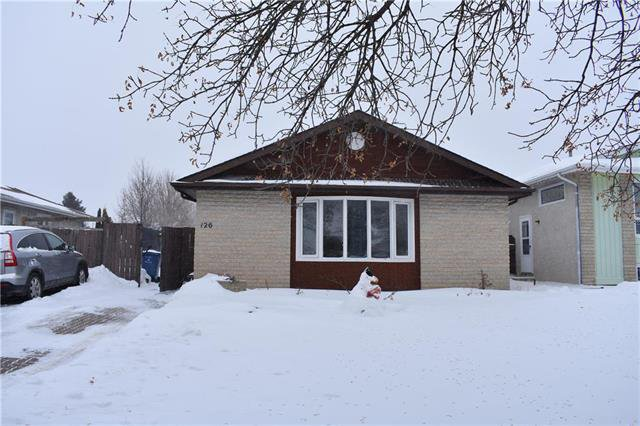 Main Photo: 126 Arthur Wright Crescent in Winnipeg: Maples Residential for sale (4H)  : MLS®# 1902342
