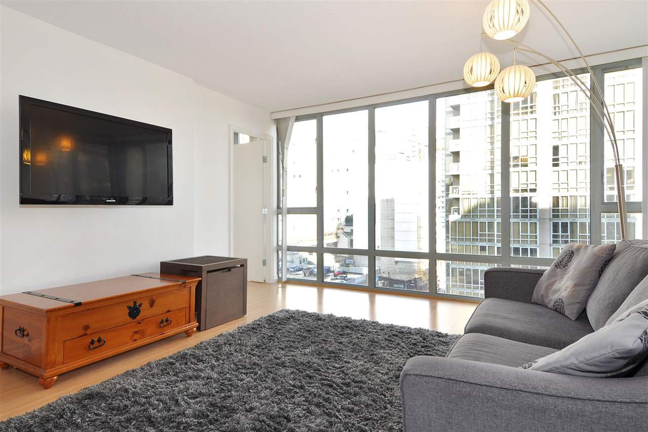 """Photo 2: Photos: 1106 950 CAMBIE Street in Vancouver: Yaletown Condo for sale in """"Pacific Place Landmark I in Yaletown"""" (Vancouver West)  : MLS®# R2339824"""