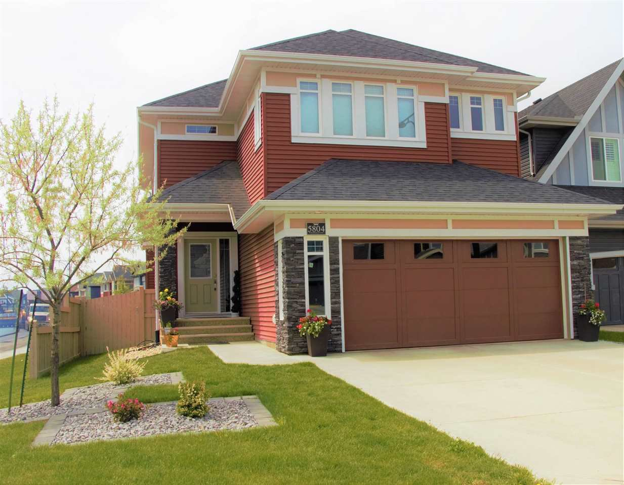 Main Photo: 5804 EDWORTHY Cove in Edmonton: Zone 57 House for sale : MLS®# E4148795