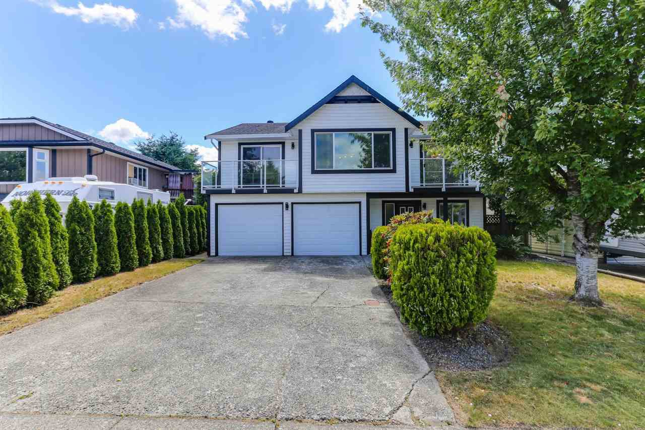 Main Photo: 20286 STANTON Avenue in Maple Ridge: Southwest Maple Ridge House for sale : MLS®# R2381763