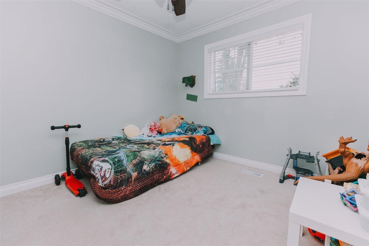 "Photo 11: Photos: 11669 STEEVES Street in Maple Ridge: Southwest Maple Ridge House for sale in ""SOUTHWEST MAPLE RIDGE"" : MLS®# R2384011"