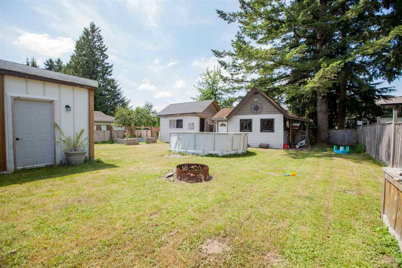 "Photo 16: Photos: 11669 STEEVES Street in Maple Ridge: Southwest Maple Ridge House for sale in ""SOUTHWEST MAPLE RIDGE"" : MLS®# R2384011"