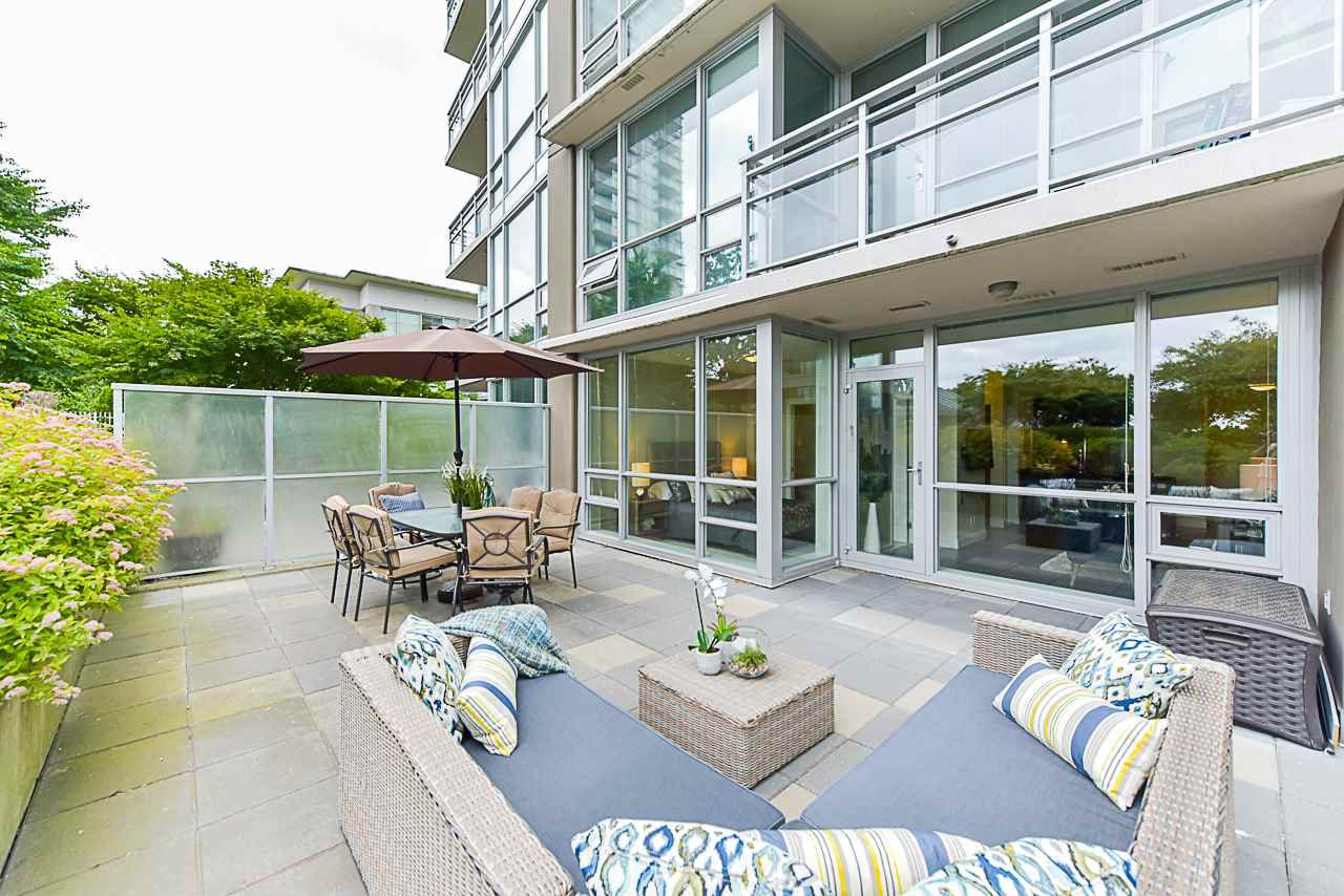 Main Photo: 508 2968 GLEN DRIVE in Coquitlam: North Coquitlam Condo for sale : MLS®# R2383971