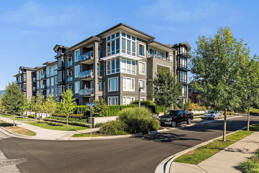 Main Photo: 216 2307 RANGER Lane in Port Coquitlam: Riverwood Condo for sale : MLS®# R2457976