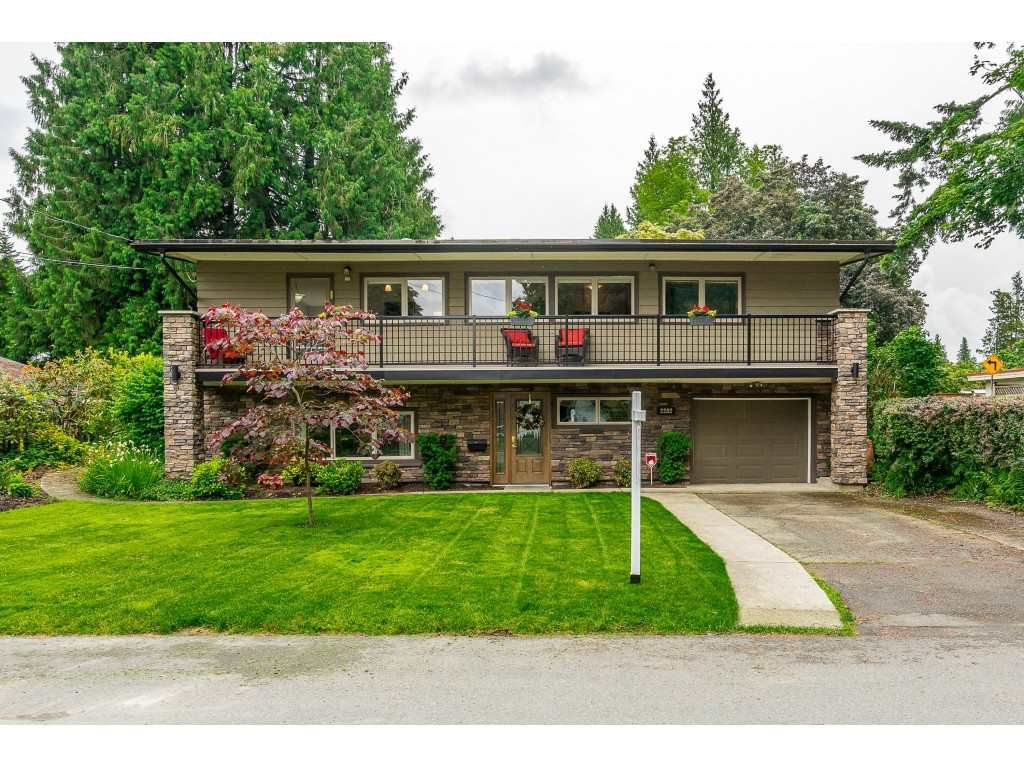 Main Photo: 2282 ROSEWOOD Drive in Abbotsford: Central Abbotsford House for sale : MLS®# R2464916