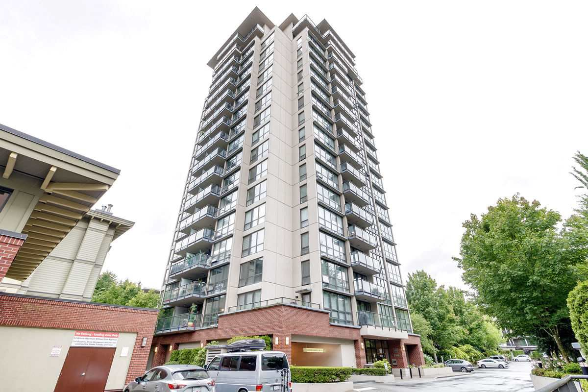 "Main Photo: 1103 2959 GLEN Drive in Coquitlam: North Coquitlam Condo for sale in ""THE PARC"" : MLS®# R2472497"