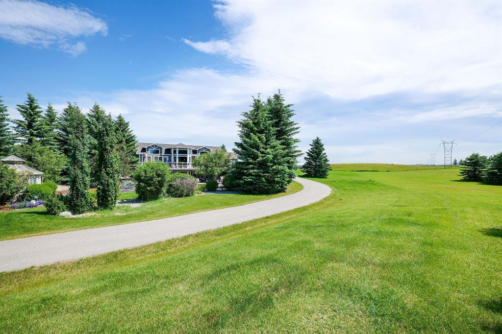 Main Photo: 251080 RGE RD 32 in Rural Rocky View County: Rural Rocky View MD Detached for sale : MLS®# A1020799