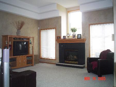 Photo 5: Photos: 39 Bridgeway Cres.: Residential for sale (Royalwood)  : MLS®# 2518109