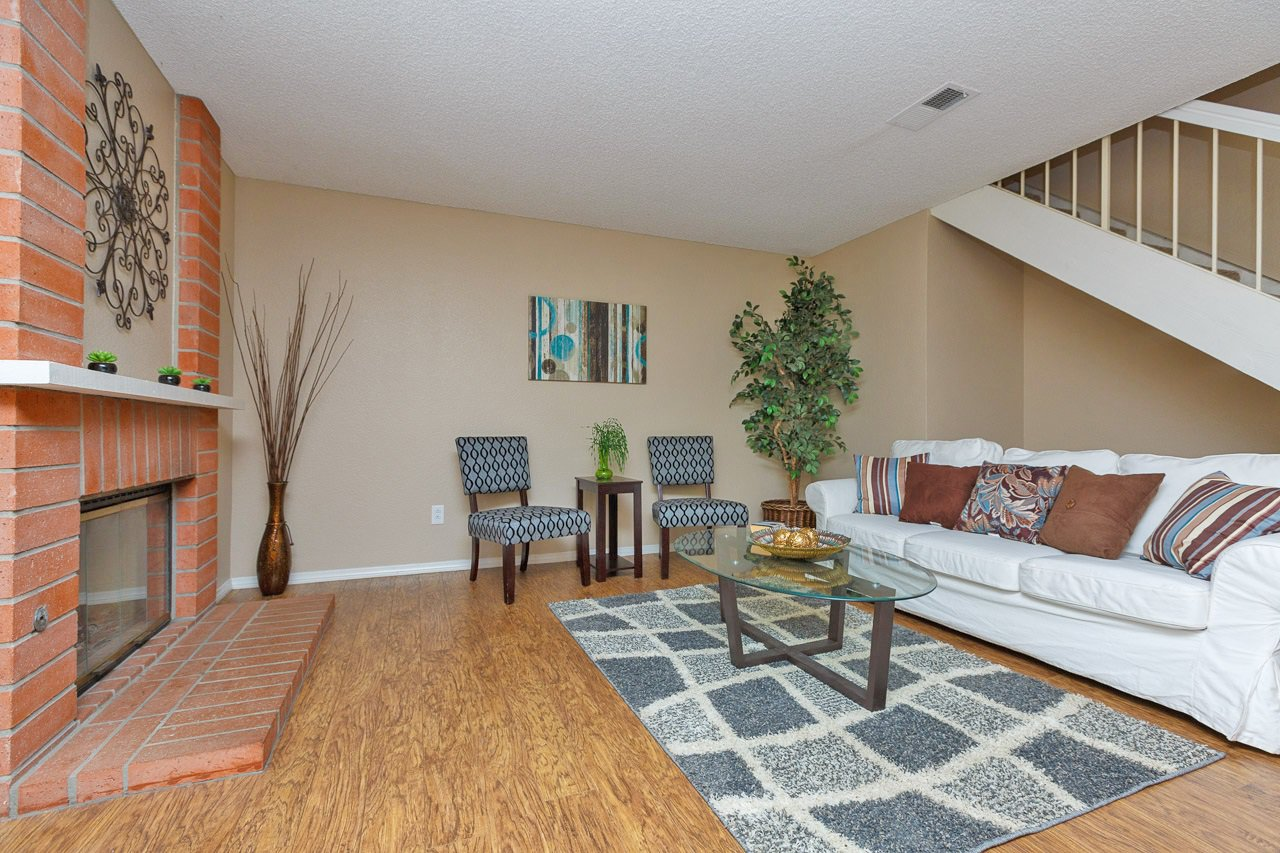 Main Photo: POWAY Condo for sale : 3 bedrooms : 13625 Comuna Dr.