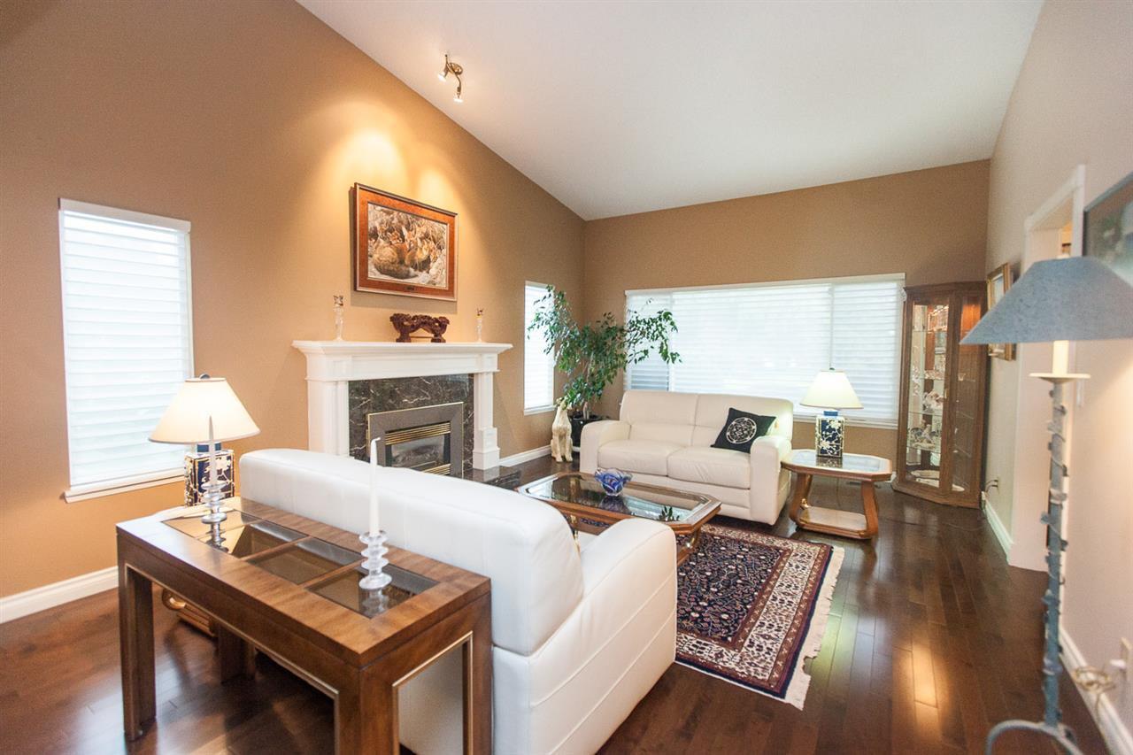 """Main Photo: 6735 WADE Road in Delta: Sunshine Hills Woods House for sale in """"Sunshine Hills"""" (N. Delta)  : MLS®# R2071331"""